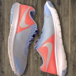 Nike Flex Experience Girls size 6.5